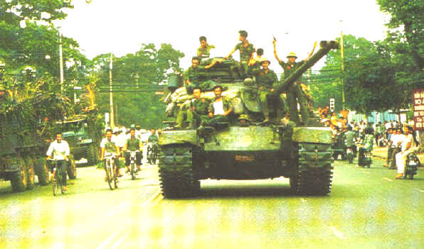 Quels blindés pour le Vietnam Nva-tank-captured-m48